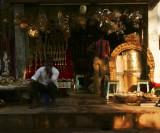Shop near temple Madurai.jpg
