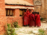 Monk huddle in Reting