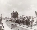 Makin Raiders on Sub 1943