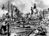 Marines on Roi WWII