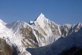 Angole (6941m) (27 51 28N/86 33 20E) Nepal Himalaya