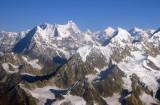 Melungtse (7181m/23,560ft) Chobu Tse (6685m)