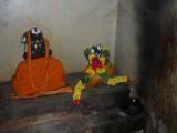 Sriman Manavaala Maamunigal with Kesavan Bahumaanam.JPG