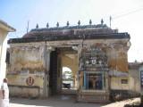 dhevadhirajan temple entrance