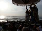 Parthasarathi retreats after touching the Samudram.jpg