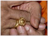 15-HH Vmalai Jeeyar swamy adorning mAnavAla mAmunikAl muthirai modiram3.JPG
