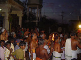 039-Day04-Pallakku-Devotees having darshan.jpg