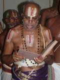 25-Dr.Sri.U.Ve. M.A.Venkatakrishnan swamy backbone of this great kainkaryam.JPG