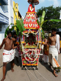 08 Kutti perumal in thiruthEr.JPG