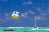 Parasailing, Ile aux Cerfs, Mauritius