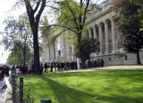 Queue at the Grand Palais
