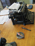 Typewriter and phone from early 1900s