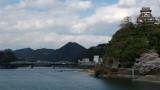 Hilltop Inuyama-jō and distant Inuyama-bashi