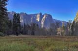 7D_808 Cathedral Rock, Yosemite