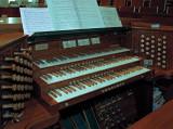 11421 - The organ console
