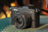 Nikon 1 V1 mit Objektiv 10 -30