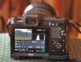 Nikon 1 V1 mit Objektiv Tamron Fokussieren nur manuell!
