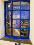 Strange windows at Polperro,UK : The beer is so good I just couldn't leave... :)