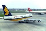SINGAPORE AIRLINES BOEING 747 200 SYD RF 035 2.jpg