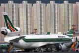 ALITALIA MD11 HKG RF 769 30.jpg