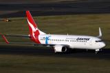 QANTAS BOEING 737 800 SYD RF IMG_9738.jpg