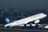 AIR NEW ZEALAND AIRBUS A320 SYD RF IMG_1130.jpg