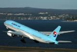 KOREAN AIR BOEING 777 200 SYD RF IMG_3392.jpg