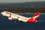 QANTAS BOEING 737 800 SYD RF IMG_3248.jpg