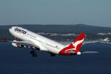QANTAS AIRBUS A330 200 SYD RF IMG_3651.jpg