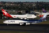 LAN QANTAS AIRCRAFT SYD RF IMG_3290.jpg