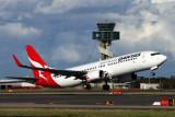 QANTAS BOEING 737 800 SYD RF IMG_3968.jpg