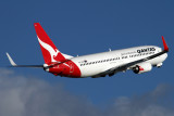 QANTAS BOEING 737 800 SYD RF IMG_3971.jpg