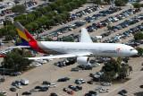 ASIANA BOEING 777 200 LAX RF IMG_5146.jpg