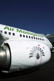 AIR MADAGASCAR BOEING 737 300 JNB RF 1869 4.jpg