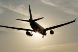 AIRBUS A330 SUNSET LANDING YVR RF IMG_5931.jpg