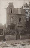 Cabinet d'assurances, avenue de Coullemont