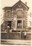 Une Famille dans les années 1930