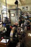 Vuurtoren, machienekamer met diesel-compressor combinatie, antiek en uniek in de wereld (perslucht voor de misthoorn)