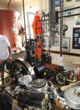 Vuurtoren, de oude gerestaureerde diesel die de compressor aandrijft voor de misthoorn