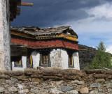 Monastery building, Daocheng