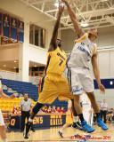 Queen's vs Laurentian M-Basketball 01-13-11