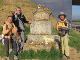 Hortensia, Peter and Lillian at the Palencia marker