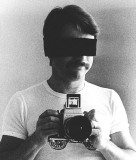 04x 1976
