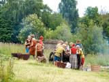 Sagnlandet - People eating