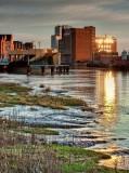 shows river Hull footbridge progress