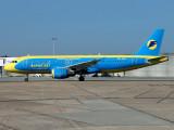A320  UR-DAH
