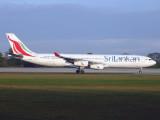 Airbus A340-300 4R-ADE