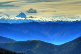 Mountains and Clouds 遠山