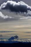 Clouds and Peak 烏雲