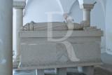 Cripta e Túmulo do Marquês de Valença (MN)